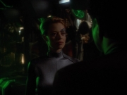 extant_StarTrekVoyager_4x03-DayOfHonor_0044.jpg